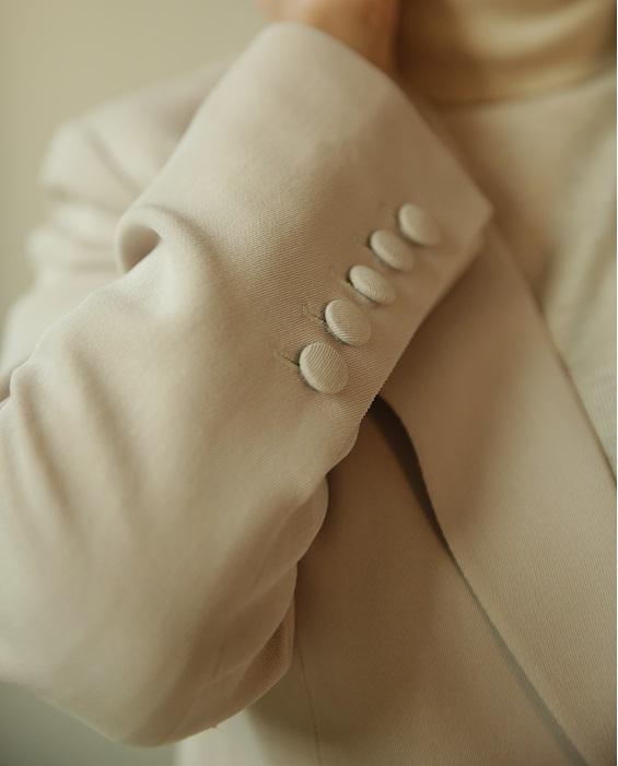 Suit No.11